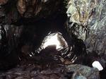 高平海岸の洞穴