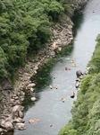松峰大橋から上流