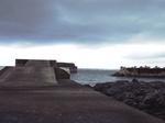 中間の防潮堤
