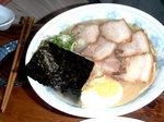 八重岳のチャーシュー麺